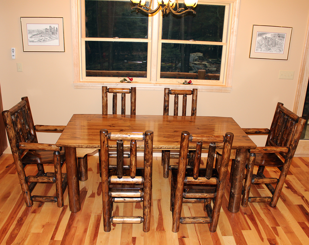 6′ Kitchen Table and Chairs