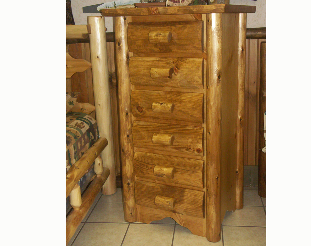 Cedar Log Lingerie Chest